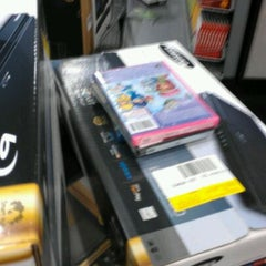 Photo taken at Best Buy by Amber K. on 11/19/2011