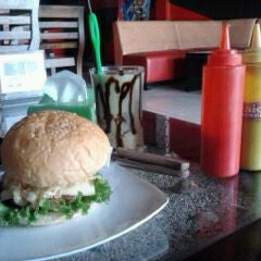 Photo taken at Big Burger Station by Imam A. on 10/12/2011