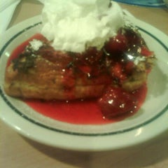 Photo taken at IHOP by D ™ on 9/5/2011