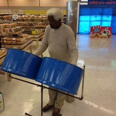Photo taken at Your Independent Grocer by Mark K. on 8/1/2012