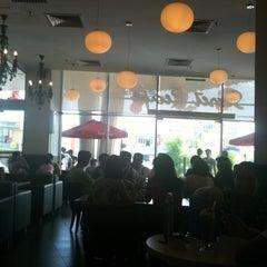 Photo taken at Secret Recipe by Cheon Fong L. on 2/4/2011