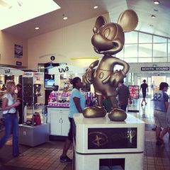 Photo taken at Okahumpka Service Plaza - Florida's Turnpike by sketch c. on 10/16/2011