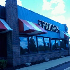 Photo taken at TGI Fridays by Ashlee F. on 6/25/2012