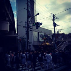 Photo taken at ケンタッキーフライドチキン 青物横丁店 by waskaz on 6/10/2012