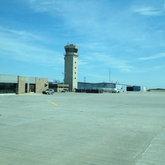 Photo taken at Appleton International Airport (ATW) by Roberto Z. on 6/15/2012