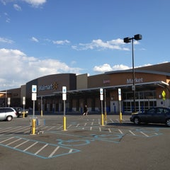 Photo taken at Walmart Supercenter by Jimmy C. on 4/9/2012