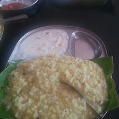 Photo taken at Mahalaxmi Refreshments by Subbanna K. on 8/8/2012