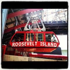 Photo taken at Roosevelt Island Tram by kristy b. on 8/12/2012