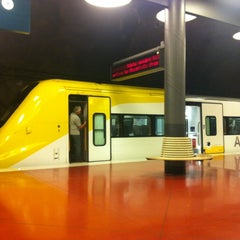 Photo taken at Arlanda Express (Arlanda S) by Jamilia on 8/16/2012
