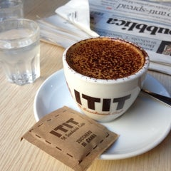 Photo taken at ITIT Il Sandwich Cafè by Francesco V. on 8/21/2012