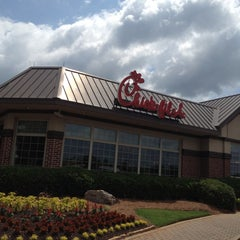 Photo taken at Chick-fil-A by Bo S. on 5/5/2012