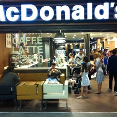 Photo taken at McDonald's by Laurent K. on 6/29/2011