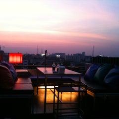 Photo taken at Pak Ping Ing Tang Boutique Hotel (พักพิงอิงทาง บูติค โฮเทล) by chairit s. on 1/29/2011