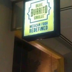 Photo taken at Blue Burrito Grille by Mari P. on 7/12/2012