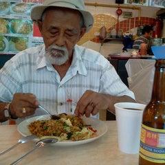 Photo taken at Momo Food Village @ Dataran Pahlawan Megamall by Aisya A. on 6/8/2012