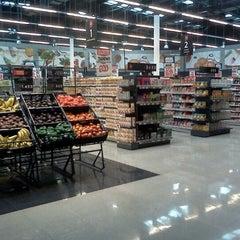 Photo taken at Unimarc by juan Luis on 1/15/2012