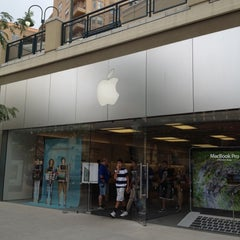Photo taken at Apple Store, City Creek Center by J O. on 7/15/2012