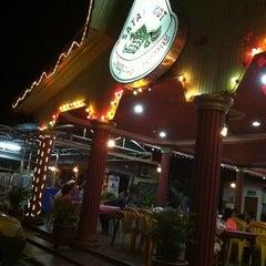 Photo taken at Satay Hut by Sakura A. on 3/8/2012