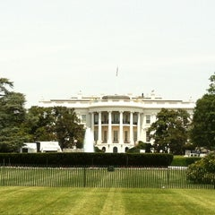 Photo taken at South Lawn - White House by Phabi on 7/3/2012