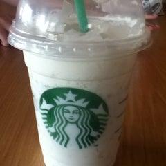 Photo taken at Starbucks by Heaven L. on 5/29/2011