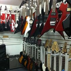 Photo taken at Queen Instrumentos Musicales by Karen S. on 6/1/2011