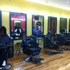 Photo taken at De Lux Natural Hair Gallery by Keston D. on 9/15/2011