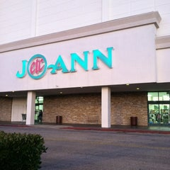 Photo taken at Jo-Ann Fabric and Craft by Chrystie H. on 12/7/2011
