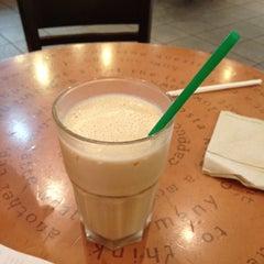 Photo taken at Starbucks by Alwi M. on 1/9/2012