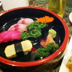Photo taken at Ai Sushi (อัย ซูชิ) by Alyn P. on 2/4/2011
