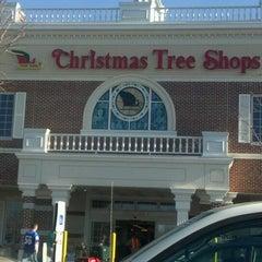 Photo taken at Christmas Tree Shops by Kareem N. on 12/18/2011