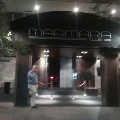 Photo taken at Discoteca Marmara by jaime e. on 9/13/2012