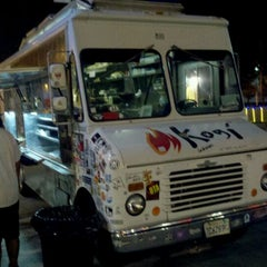 Photo taken at Kogi BBQ Truck by ♚gєямѕтєя™ on 8/19/2011