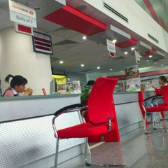 Photo taken at Techcombank - Center Point by Trung D. on 8/19/2011