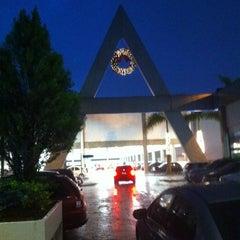 Photo taken at Auto Shopping Aricanduva by Fabio C. on 12/13/2011