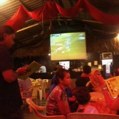 Photo taken at Tari Café by Musyrif A. on 10/29/2011