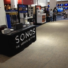 Photo taken at Best Buy by Miguel d. on 5/12/2012