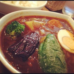 Photo taken at 鴻 オオドリー 神田駿河台店 by Yurie on 8/10/2012