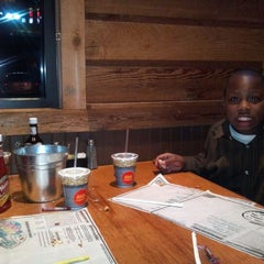 Photo taken at Logan's Roadhouse by Latitia O. on 1/28/2012