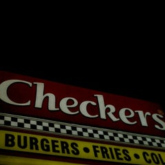 Photo taken at Checkers by Loon B. on 7/15/2012