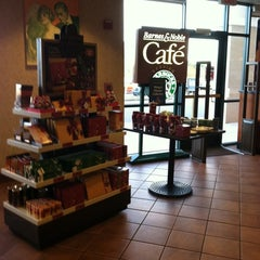 Photo taken at Barnes & Noble by Christina D. on 12/3/2011
