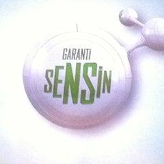 Photo taken at Garanti Bankası by Altan A. on 1/20/2012