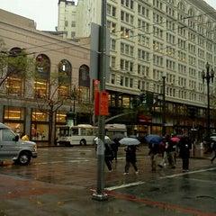 Photo taken at MUNI Bus Stop - 4th & Market by Jose C. on 3/13/2012
