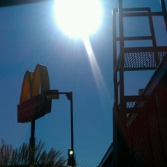 Photo taken at McDonald's by V4SB .. on 10/22/2011