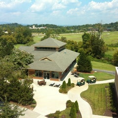 Photo taken at Meadowview Conference Resort & Convention Center by Bruno P. on 8/26/2012