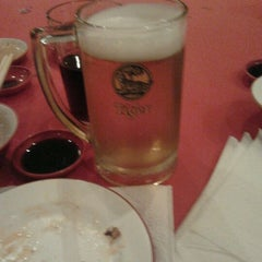 Photo taken at Heng Loong Restaurant 兴隆大酒家 by muzesick n. on 9/23/2011