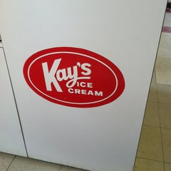 Photo taken at Kay's Ice Cream by Leslie S. on 5/25/2012