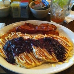 Photo taken at Toast on Market by Stacy H. on 3/7/2011