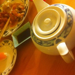 Photo taken at Lili - Asia Restaurant by Patricia K. on 11/27/2011