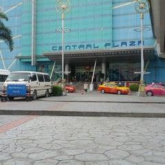 Photo taken at CentralPlaza Rama 2 (เซ็นทรัลพลาซา พระราม 2) by 9EKKAPHOP on 6/10/2012