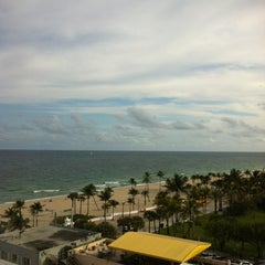 Photo taken at Courtyard by Marriott Fort Lauderdale Beach by Andrew G. on 2/17/2012
